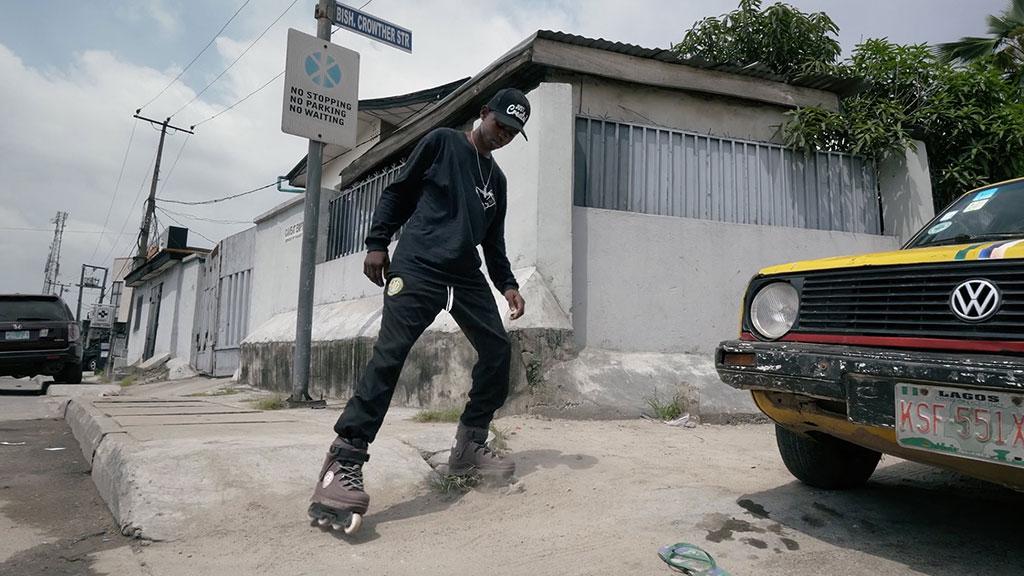 Patineur à Lagos (Nigéria)