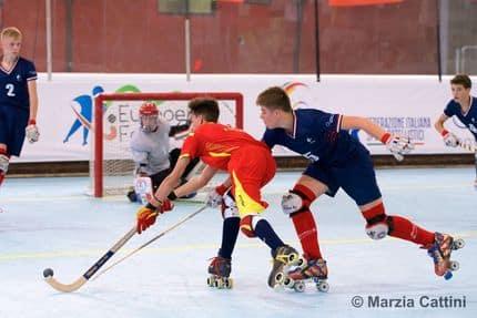U17 rink hockey demi finale4