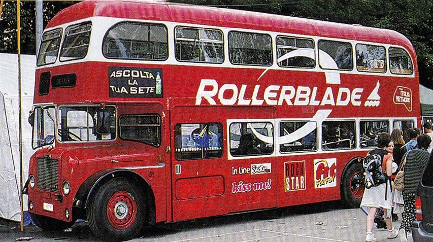 Le bus londonien de Rollerblade en setpembre 1998