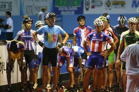Championnat du monde de vitesse 2011 à Yeosu - départ de l'élimination sur piste