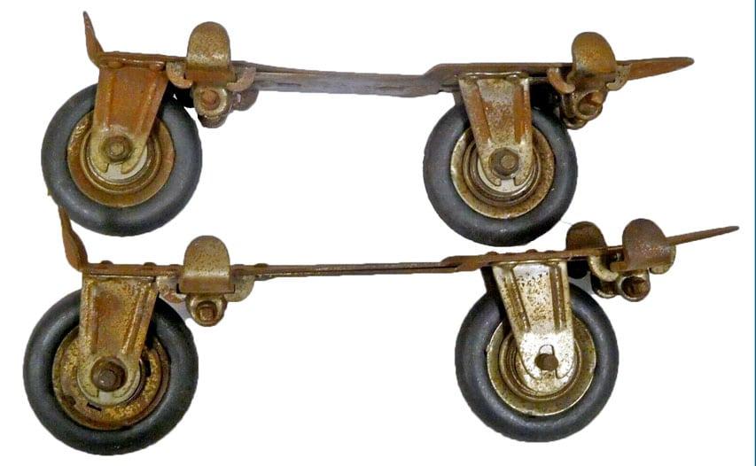 Patins Peck & Snyder à deux roues en ligne de 1900