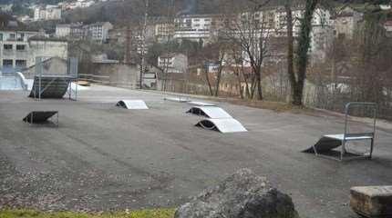 piste roller skatepark saint claude 012 small