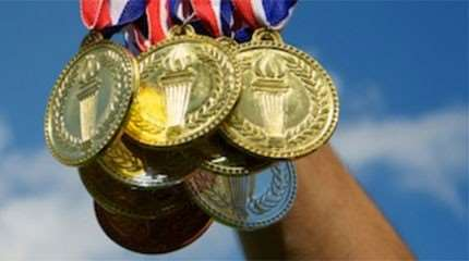 poignee medailles or