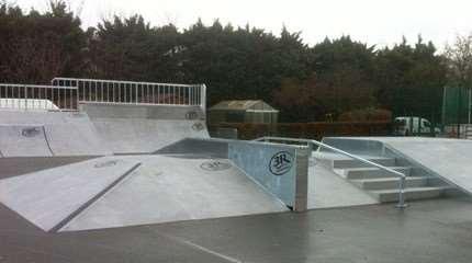 skatepark 3r puteaux 2013 small