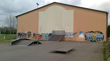 skatepark artiguelouve 01 small