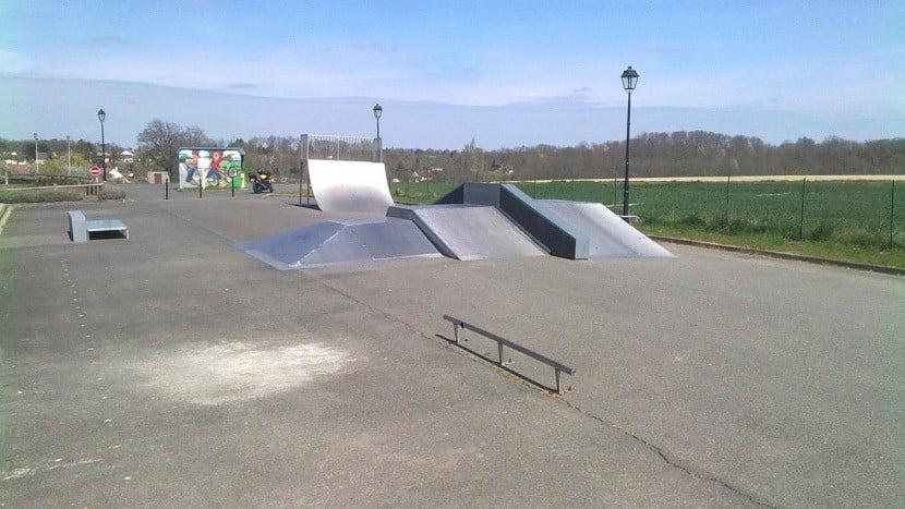Spot : le Skatepark de Dampierre-en-Burly (45)