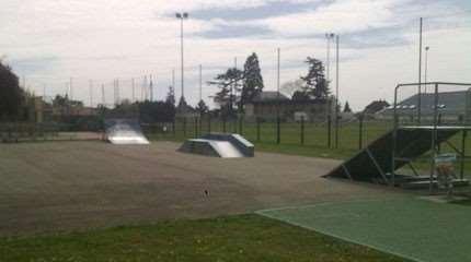 skatepark jargeau small