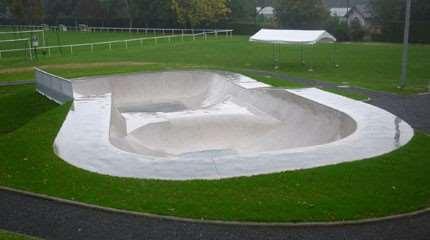 skatepark jouy en josas 2013 small