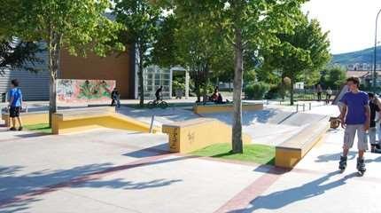 skatepark tournon sur rhone bolton 01