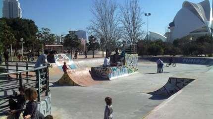 skatepark valence espagne 02 small