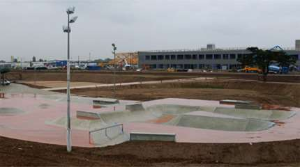 skatepark vaulx en velin 01 small
