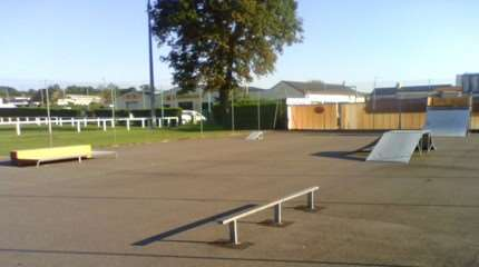 spot skatepark thury harcourt 02 small