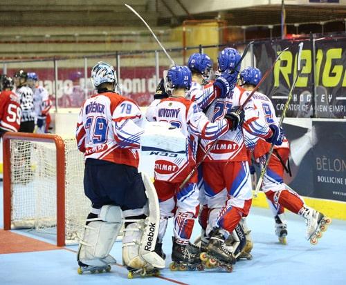 Les Tchèques Juniors Hommes victorieux