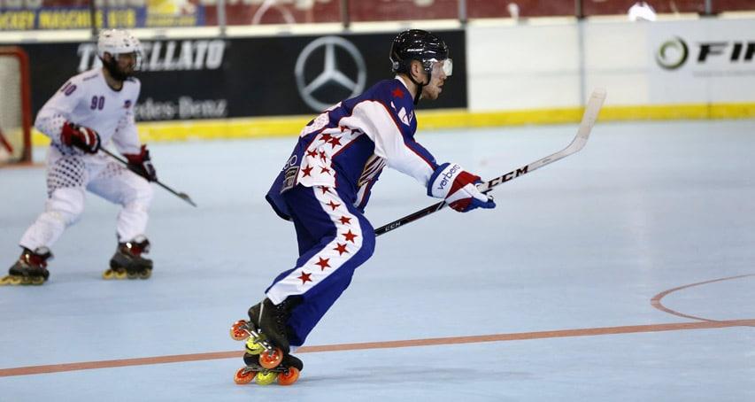 Le capitaine de l'équipe américaine de roller hockey 2016 en 3 roues